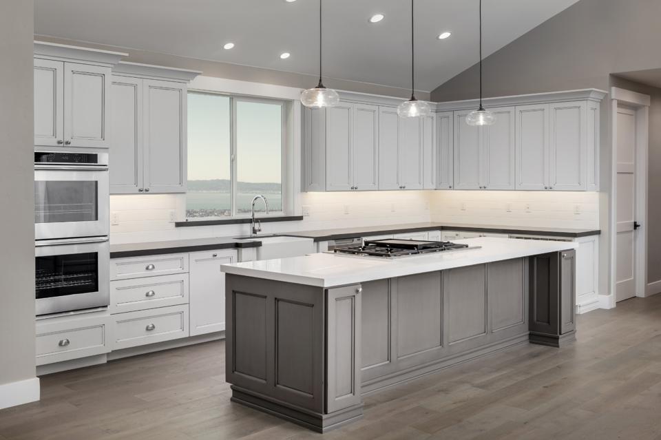 Kitchen & Bathroom Remodeling: 5 Biggest Renovation Mistakes ...
